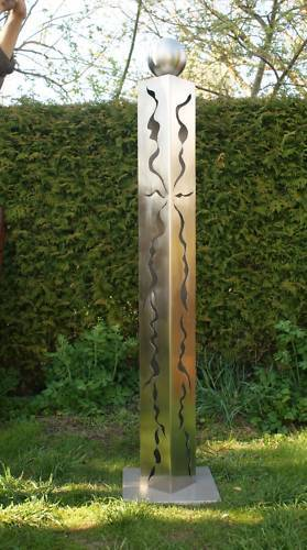 gartendeko shop - edelstahlsäule 150cm mit risse und edelstahlkugel, Garten und erstellen