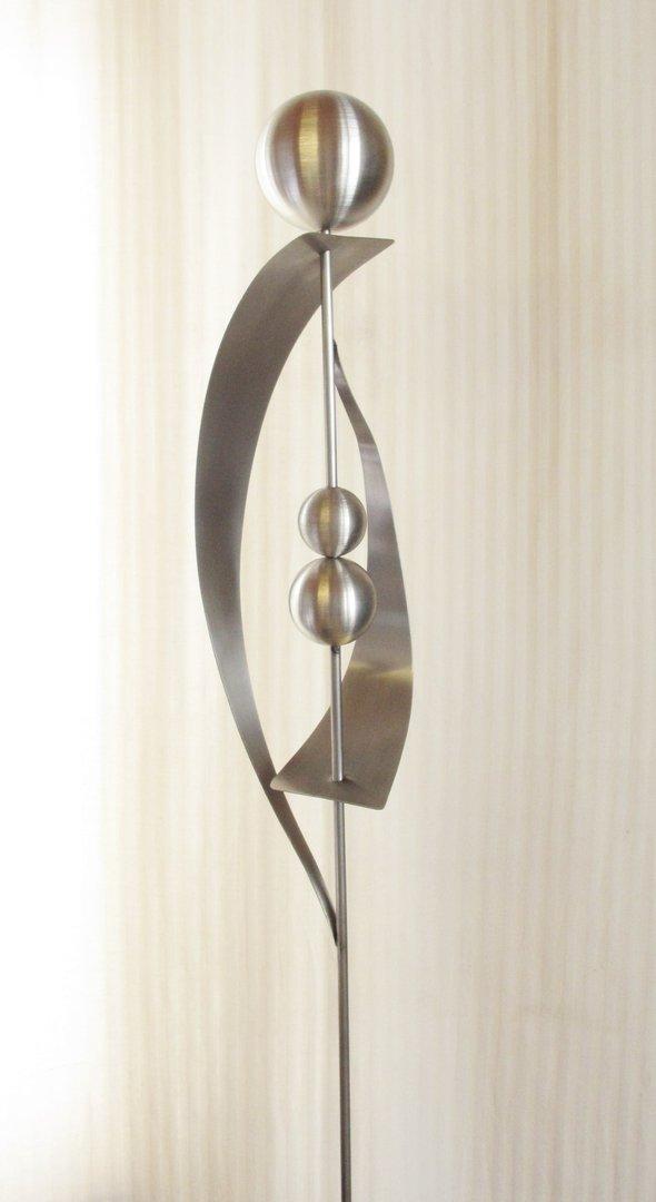 gartendeko shop gartenstecker skulptur luna 100 edelstahl. Black Bedroom Furniture Sets. Home Design Ideas