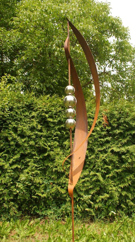 Gartendeko Roststab Skulptur 120 cm  mit 2 Edelstahlkugeln